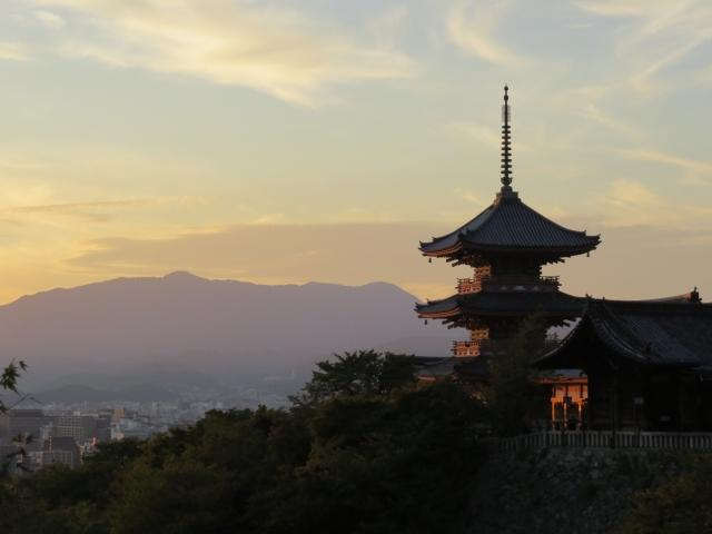 京都のキャバクラの客層や店の雰囲気ってどう?